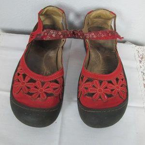Shoes - Jambu JBU Wildflower Flats Size 9.5
